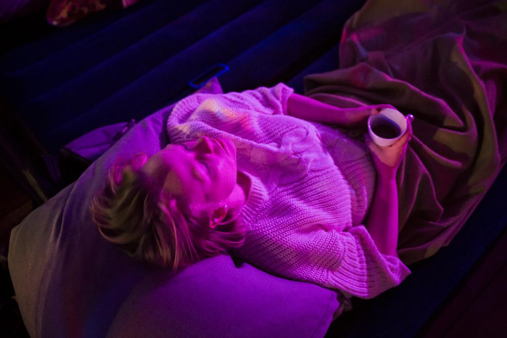 DoV-JonathanGrevsen-SleepLR16