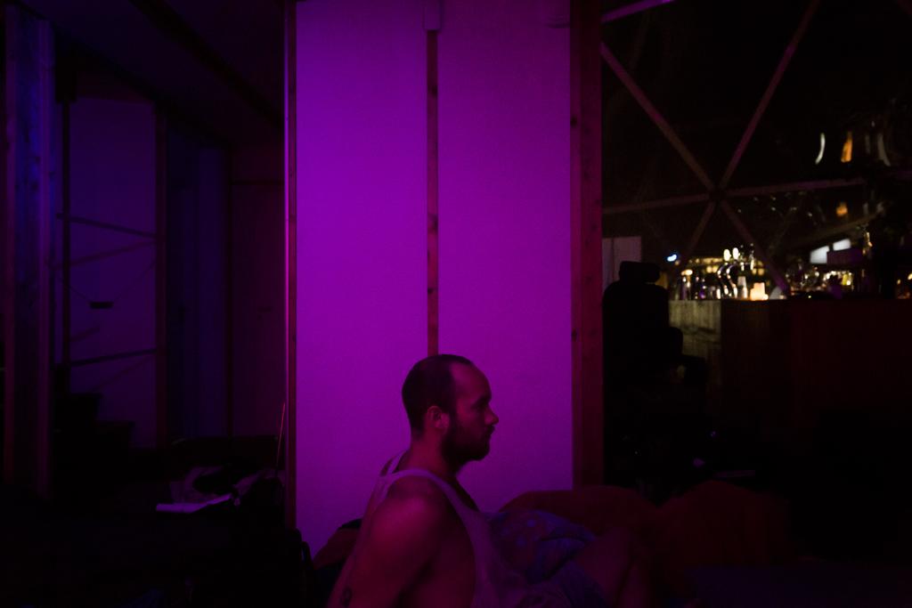 DoV-JonathanGrevsen-SleepLR20